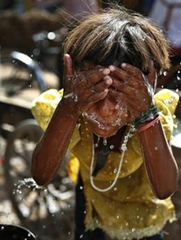 印度新德里最高气温创62年来新高